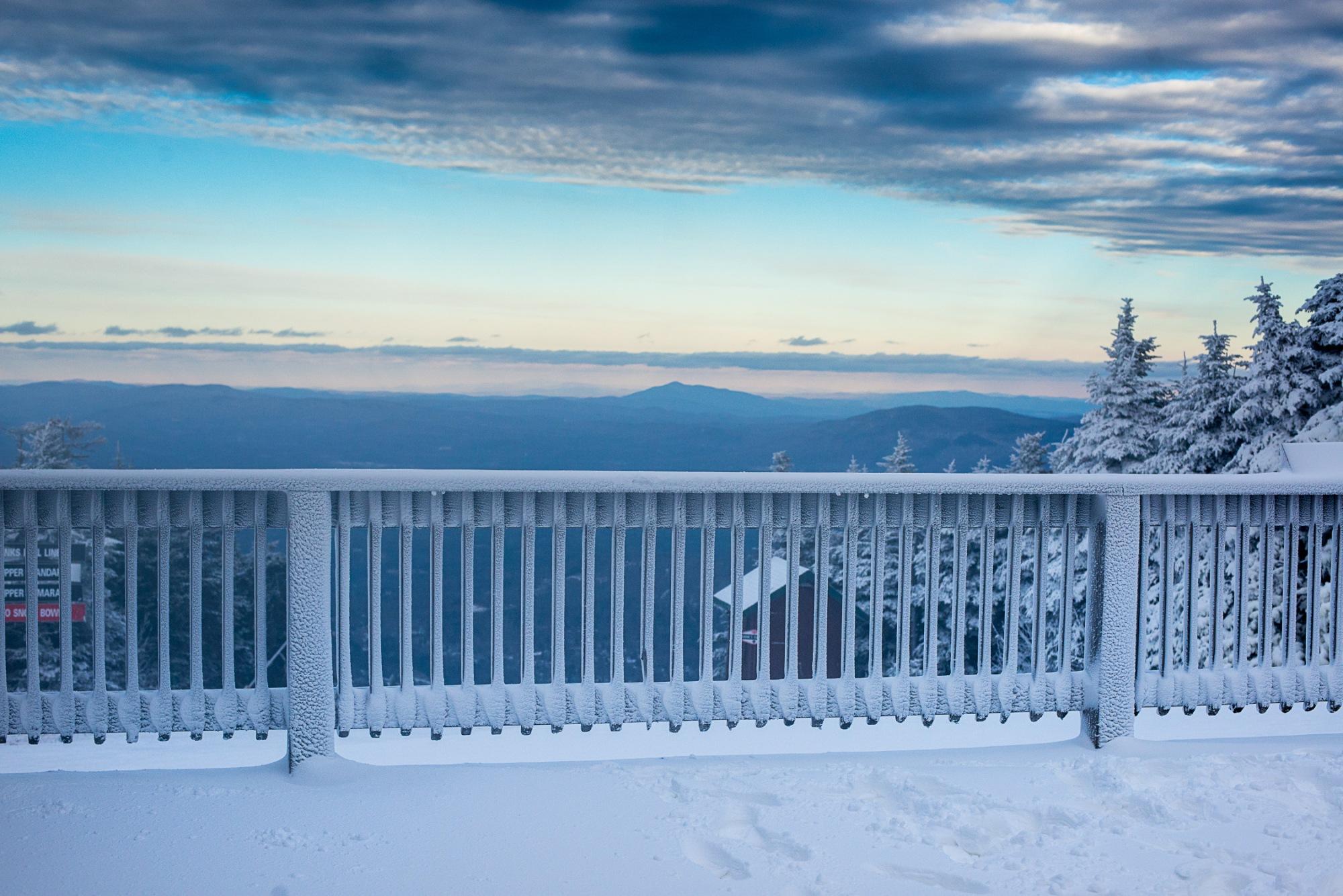 131208_HubertHausDeck_Snowy_HS